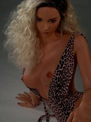 Liza Zarte Barbie Sexpuppe