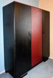 Art Deco Kleiderkasten