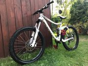 Kona Stinky TL Freerider Downhill