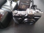 Nikon COOLPIX P7100 mit Metz
