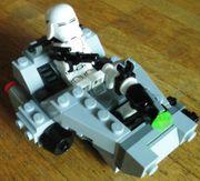 LEGO Star Wars - Snowspeeder zu