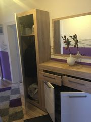 Garderobe Flur Möbel Kleiderschrank Sideboard