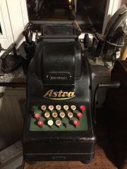 Astra Rechenmaschine Vintage