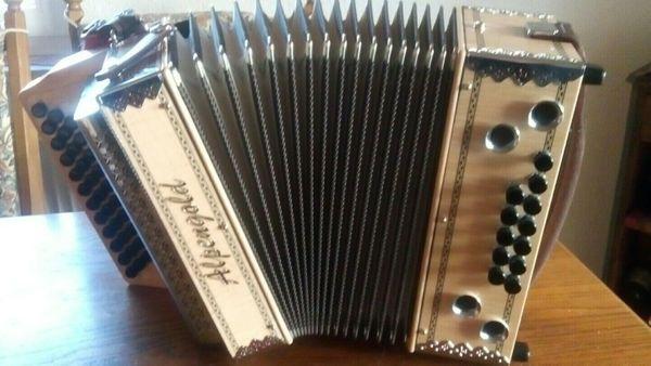 Steirische Harmonika GCFB