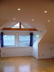 Ruhige Dachwohnung