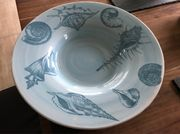 Große Keramik Schale mit Muscheldekor