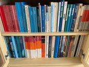 Verkaufe 100 Sach- und Fachbücher