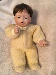 Ashton Drake Puppe
