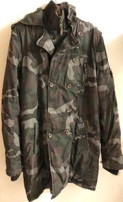 Wintermantel Camouflage