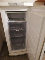 AGE Tiefkühlschrank