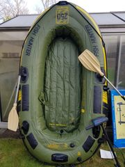 Schlauch Angler Boot mit E-Motor