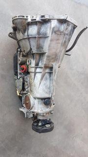 Schaltgetriebe und Automatikgetriebe Mercedes