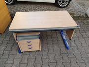 Schreibtisch höhenverstellbar Tischplatte verstellbar buche