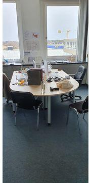 hochwertiger Schreibtisch mit Berateransatz