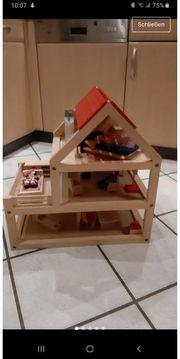 Puppenhaus mit Zubehör