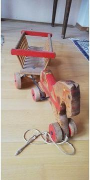 Holzspielzeug antik - Pferd mit Leiterwagen
