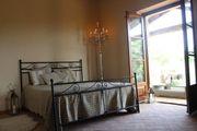 320 m² Natursteinhaus mit Olivenhain
