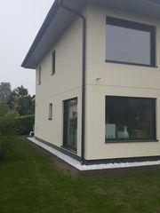 REINIGUNGSDAME für Einfamiluenhaus-Fenster