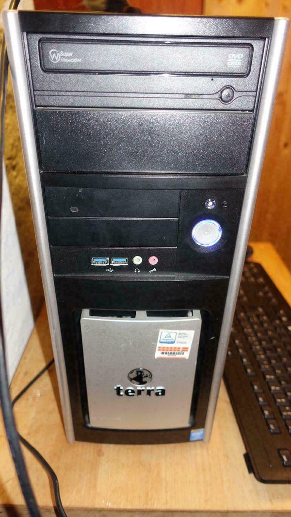 PC i5-4590 3, 3 GHz, 16 GB RAM, 250 GB SSD, 1 TB HDD