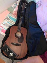 Verkaufe Sigma Gitarre DM-15
