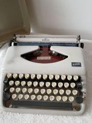 alte Schreibmaschine Vintage Retro Antik