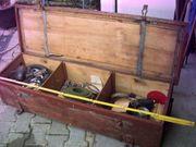 Werkzeugkiste Truhe Munitionskiste Eisenbeschlagener Deckel
