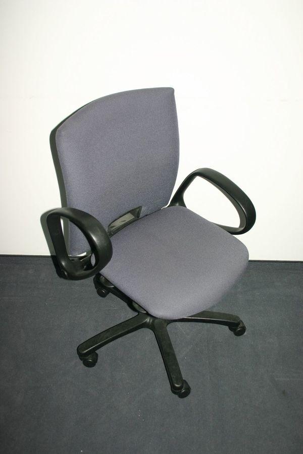 Stuhlschöner Drehstuhl Von Comforto Gebraucht In Garching
