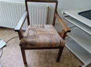Schreibtischstuhl antik mit Armlehnen in