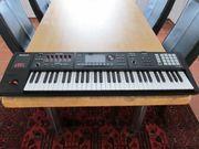 Music-Workstation Roland FA 06