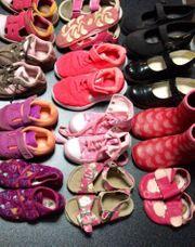 Mädchen-Schuhe 12 Paar guter Zustand