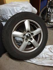 Alu-Felgen mit Reifen