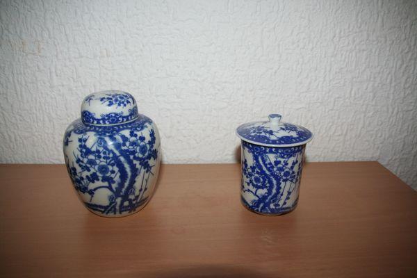 Tee- und Zuckerdose blau weiß