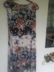 langes Sommerkleid von Klaus Waldner