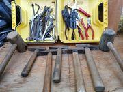 Diverse Gabelschlüssel-Zangen-Hammer-Werkzeug