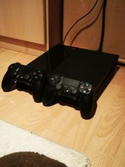 Playsation 4 500GB 2 Controller