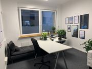 Zentrales helles All Inclusive Büro