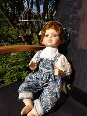 Puppe männlich blau