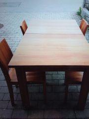 Teakholz Esstisch mit 4 Stühlen
