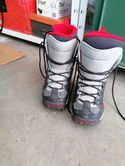 Kinder snowboard und Schuhe