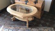 Massivholztisch mit Glaseinsatz