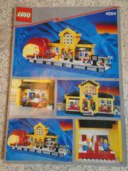 Lego Bahnhof 4554 und Eisenbahn