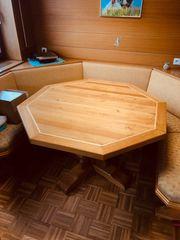 Rustikaler vollholz Tisch aus Eiche