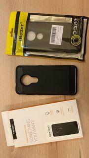 Zwei Silikonhüllen für Nokia 7