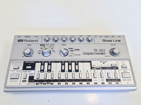 Roland TB 303 Bass Line