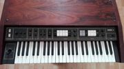 String-Synthesizer KORG LAMBDA ES50