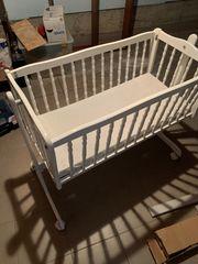 Babybett zu verschenken