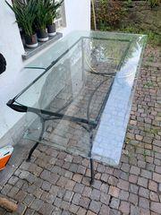Glas Tisch kaputt
