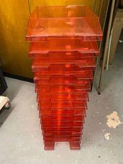 14 Briefablagen A4 transluzent-rot