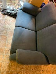 Verkaufe eine Zweisitzer Couch Sofa