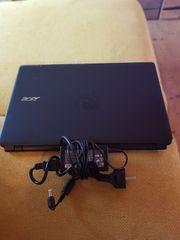 Laptop Acer Aspire E1-522 15